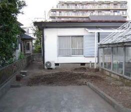 コンクリート縁石の除去